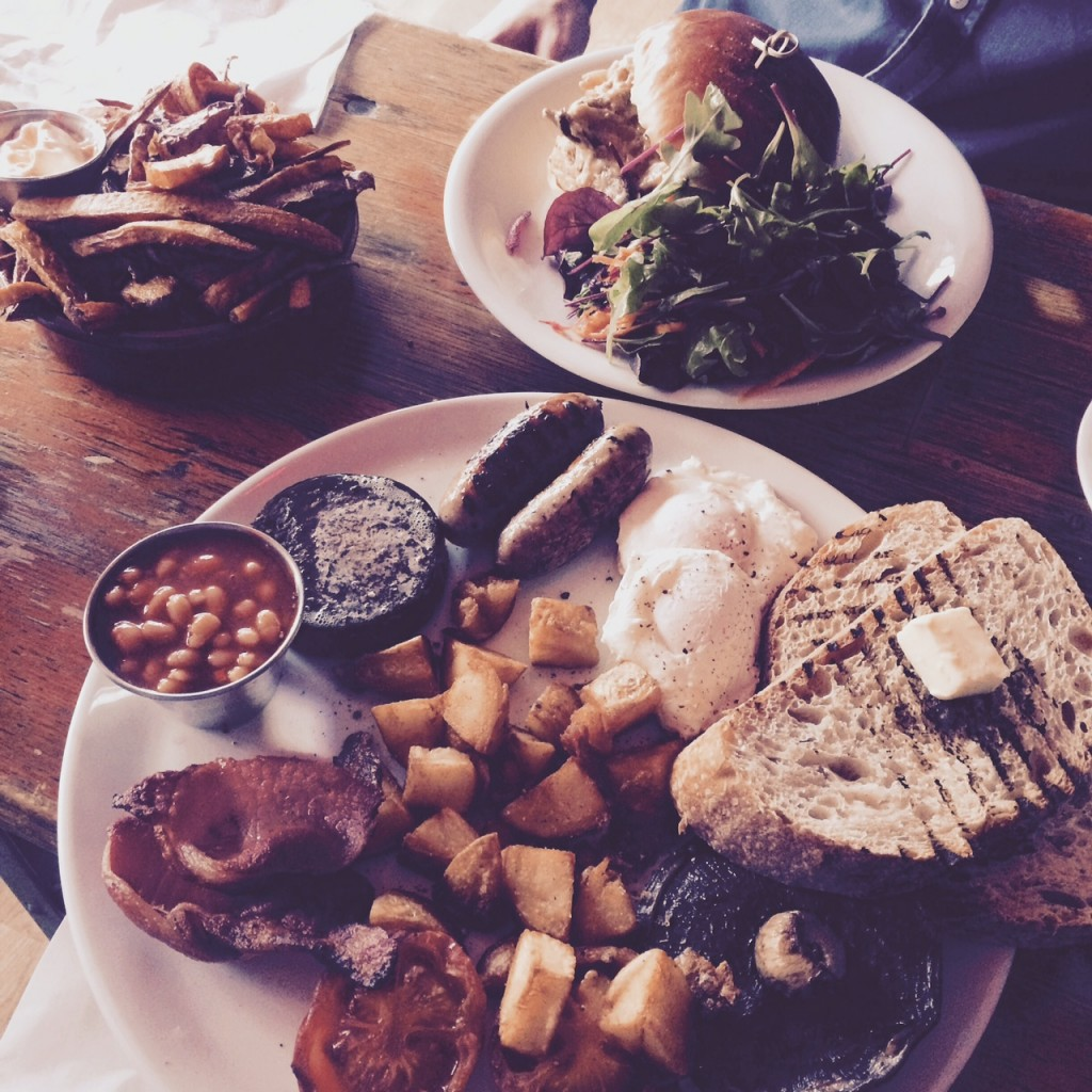 Image shows full breakfast meal from Ernest