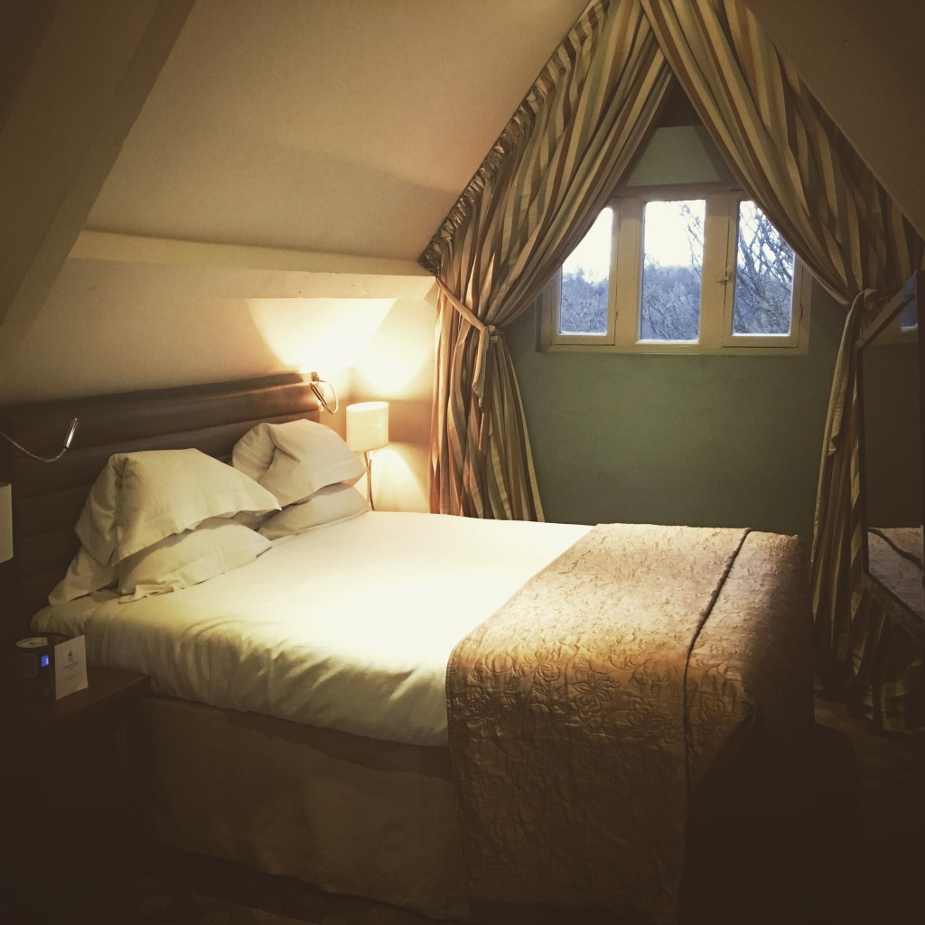 Image shows Deluxe Room at Jesmond Dene House