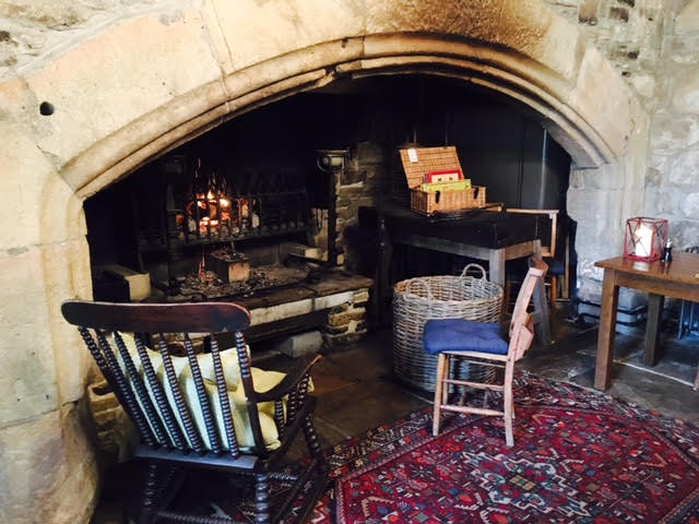 the lord crewe arms blanchland lounge area