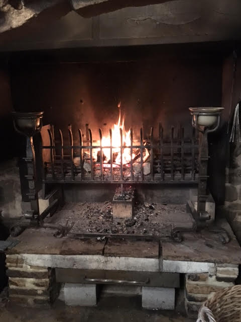the lord crewe arms open fire in banqueting hall