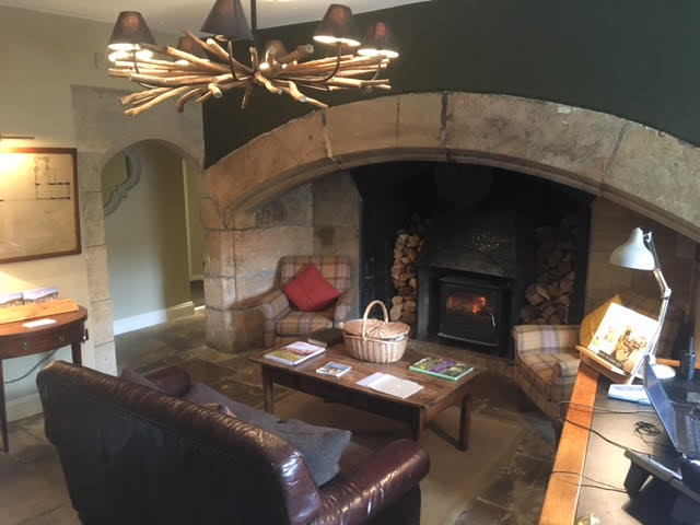 the lord crewe arms reception area