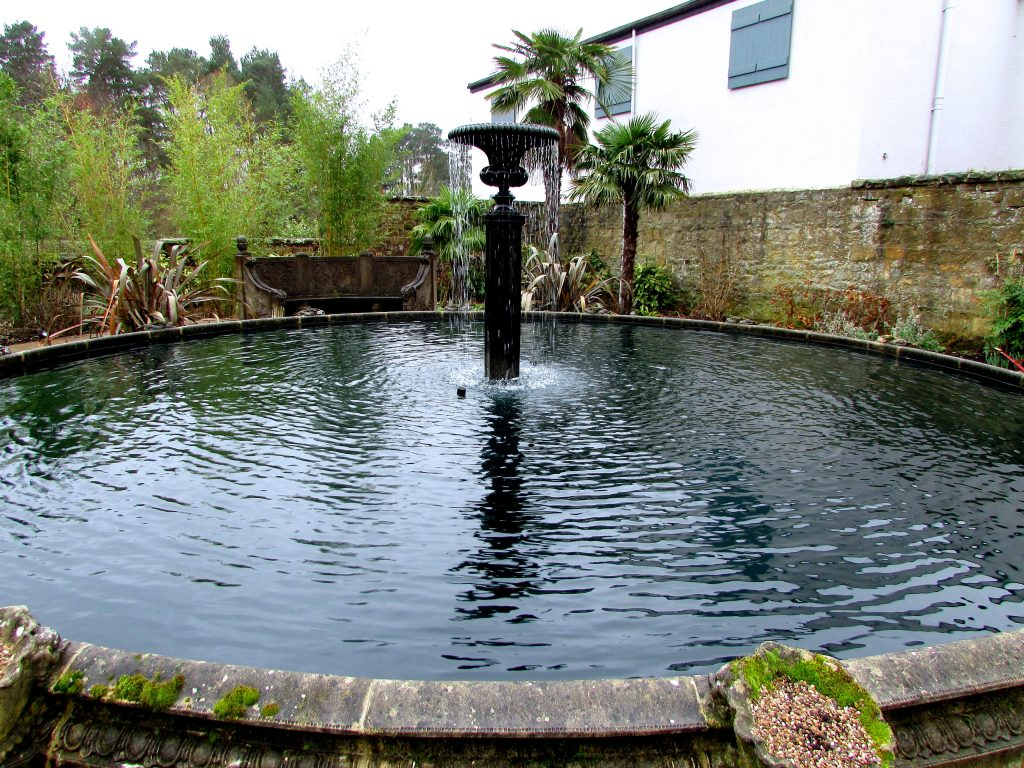 Fountains at Le Petit Chateau